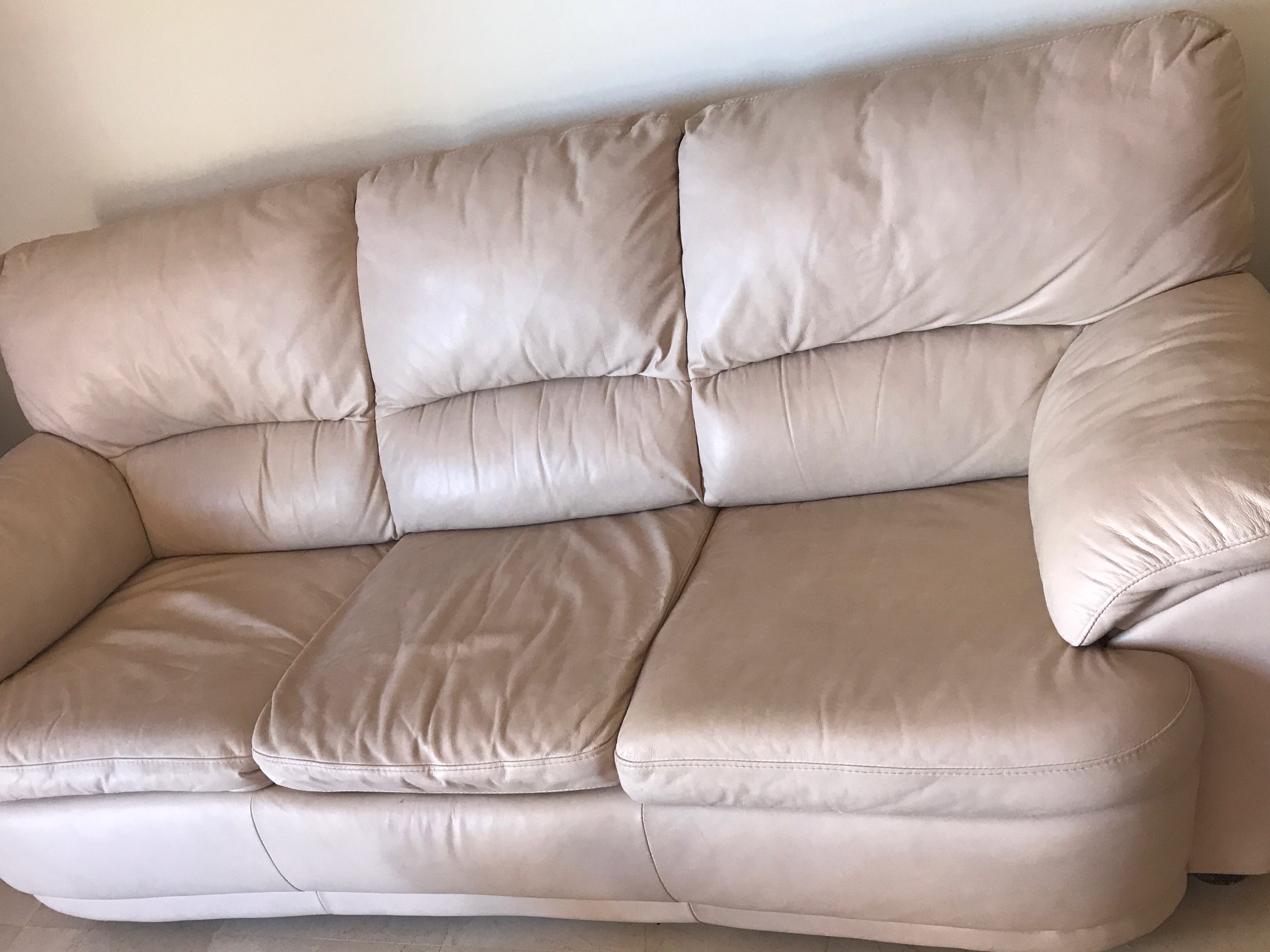 For sale: 1 x 3 seater sofa bed & 1 x 2 seater sofa - Buy ...