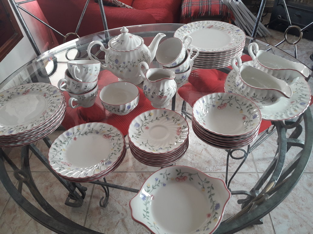 For sale: Johnson Brothers Crockery - Buy and sell items in Nerja ...