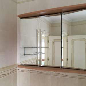 For sale: Bathroom cabinet - €15