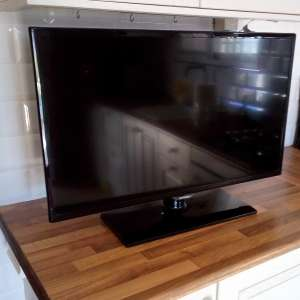 For sale: 32 inch Samsung LED TV - €90