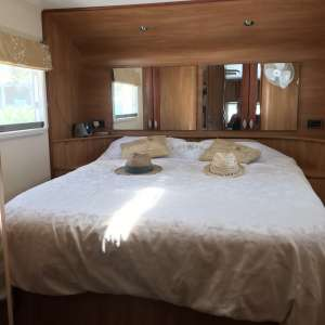 For sale: 5th Wheel Celtic Rambler on permanent pitch with sea views