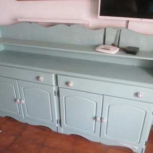 For sale: Pine painted sideboard unit - €50